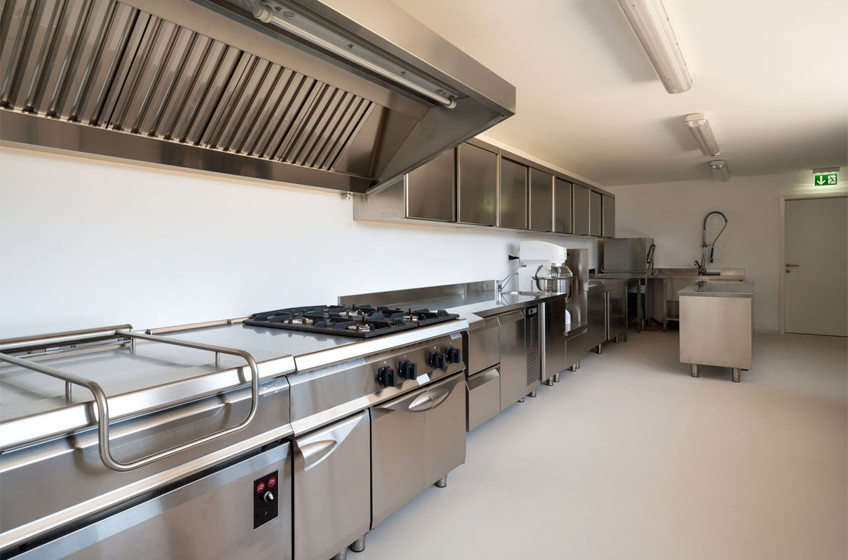Things To Consider When Making Or Picking A Range Hood